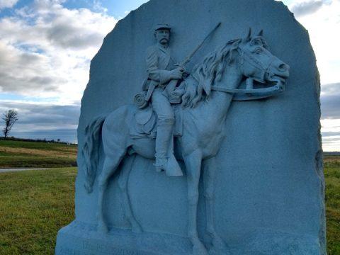 cavalry-monument